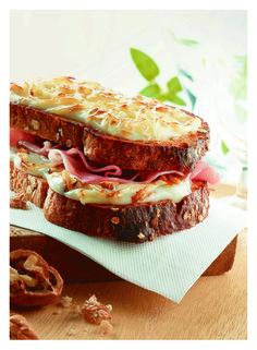 Croque Monsieur au Beaufort Fromage Beaufort, Tiramisu, Sandwiches, Snacks, Ethnic Recipes, Food, Tv, Croque Monsieur, Fine Dining