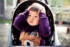 言詞靜寂的片刻 等待雙手環抱著 鼻子如粉紅花瓣的妳  .#  loop in the mirroR www.raven.idv.tw www.facebook.com/loopinthemirror