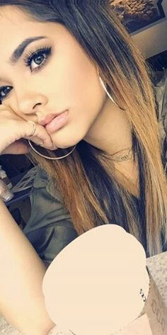 Becky G!!! Looking stylish as ALWAYS!