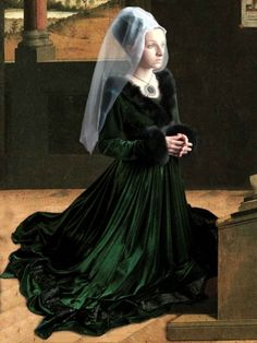 Medieval Gothic Gown -V-necked, green velvet with black faux fur trim.