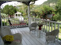Porch |  Firefly Inn Bed & Breakfast located in New Braunfels, TX.