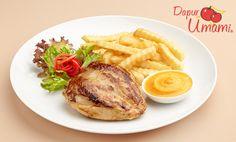 2 bh dada ayam dengan kulit, 1 sdm kecap asin, 1 bks Mayumi® pedas ,, Bahan pelengkap :, Salad sayur dan kentang goreng