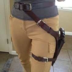 Incredibly detailed tutorial for a leg holster!!!! | Jenn Croft Cosplay: Rise of the Tomb Raider Holster