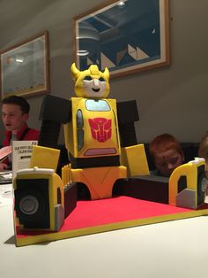 Bumblebee transformer birthday cake