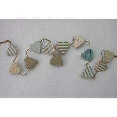 GISELA GRAHAM SHORELINES WOODEN HEART PEG GARLAND: Amazon.co.uk: Kitchen  Home