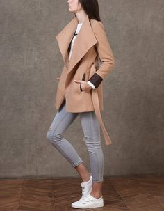 ABRIGOS for woman at Stradivarius online. Visit now and discover the ABRIGOS we have for you | Free returns.