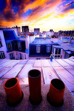 Sur les toits de Paris au crépuscule City Lights, Twilight, Ceilings, World