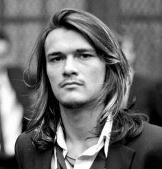 http://hairstylesinsight.com/wp-content/uploads/2012/12/Mens-Long-Hairstyles-2012.jpg