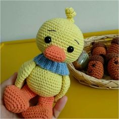 Knitting Toy Cute Duck Making, Amigurumi Patterns, Crochet Patterns, Origami Patterns, Crochet Toys, Cross Stitching, Little Girls, Hello Kitty, Diy And Crafts, Dolls
