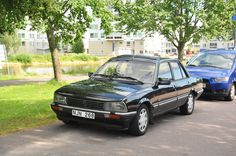 505 Peugeot, Auto Peugeot, Fiat, France, Classic Cars, Vehicles, Spinning, Black, Cars