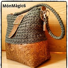 Crochet purses and handbags or authentic crochet handbags on sale then visit internet site above simply press the grey link for more details ladiesdesignerbagsdesignerhandbag bestcrochethandbag – Artofit Crochet Handbags, Crochet Purses, Crochet Bags, Diy Messenger Bag, Leather Bag Pattern, Backpack Pattern, Purse Patterns, Knitted Bags, Handmade Bags