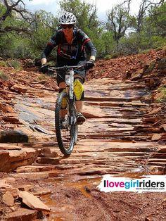 Sedona staircase » Rider: Kathleen Wallace - Photo: Phil Ryder - #ilovegirlriders #iamagirlrider #ilgr #girlriders #mtb #cyclingwomen #womenscycling #dhgirl #downhill