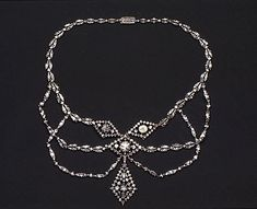 Necklace Date:18th century  Culture:European  Medium:Silver, gold, diamonds  Dimensions:L. 15-7/8 in. (40.3 cm)  Classification:Metalwork-Gold and Platinum Credit Line:Gift of Ann Payne Blumenthal, 1958