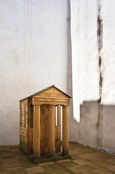 solid chestnut: Christian Astuguevieille's courtyard temple (Bayonne, France)