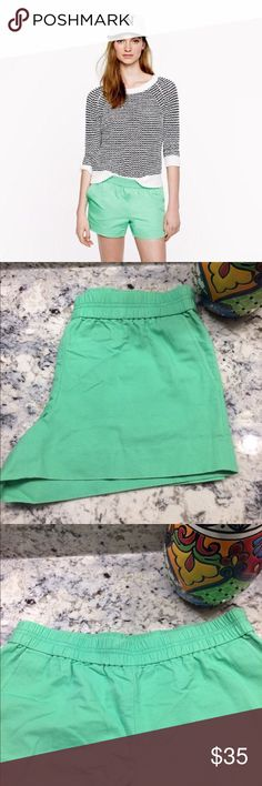 J. Crew Pull-On Shorts Here's a polished twist on a warm-weather essential: lightweight shorts in a cotton faille that's a bit more refined than your average beach-day gear—but thanks to a pull-on elastic waistband, these are just as comfortable. Color is a Sweet Pea Green. EUC *Open to Reasonable Offers* J. Crew Shorts