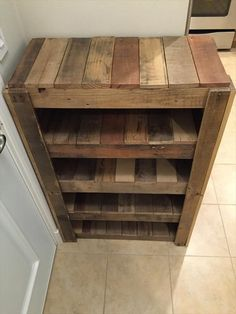 reclaimed shoe rack - Google Search #mueblesdepalets #reciclando #recicled