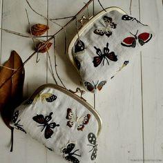 Autumn butterfly embroidery - ma guarda anche come costruito sito x vendita (a sua volta fatto grazie a stores.jp)