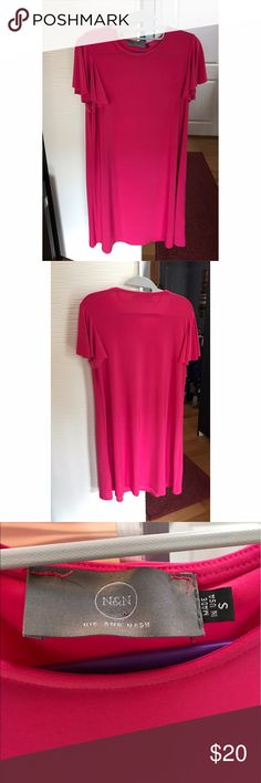 Nik and Nash Pink dress -Pink Nik and Nash soft flowy dress  -Condition: never been worn, perfect condition  -made in the USA -95% polyester Dresses Midi
