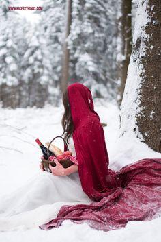 Rotkäppchen Fotoshooting / Märchenshooting im Schnee