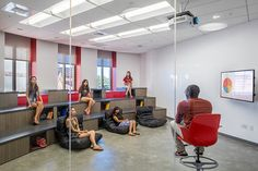 University of Southern California, Jimmy Iovine and Andre Young Academy - Los Angeles, California | Steinberg Architects | Photography by Nico Marques | The Garage | Higher Education | Flexible Seating Classroom |Dr. Dre