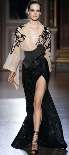 zuhair murad dresses Couture Fall 2012 Collection - for life and style Style Haute Couture, Couture Fashion, Runway Fashion, Fashion Show, Fashion Design, High Fashion, Style Fashion, Zuhair Murad, Beautiful Gowns