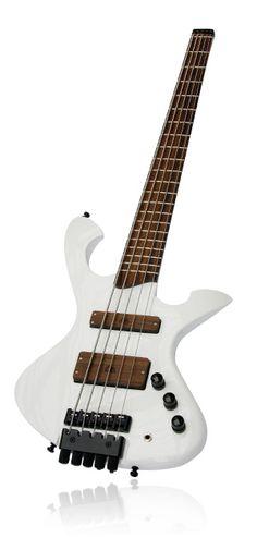 Custom Order E-Bass The Headless White by Wahlbrink Custom Basses & Guitars