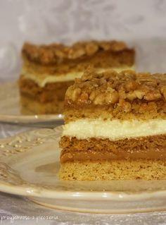 ciasto snikers Sweet Recipes, Cake Recipes, Polish Recipes, Polish Food, No Bake Desserts, Tiramisu, Food And Drink, Cooking Recipes, Sweets