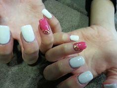 Gel rose et blanc avec strass :)