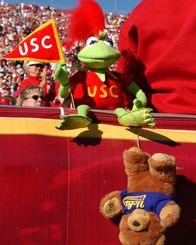 USC Trojans https://www.pinterest.com/usctfk/usc/