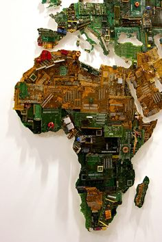 a gigantic world map(21 feet x 13 feet), the mapmade from recycled computer components