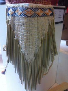 Maro by Paola Hapeta Flax Weaving, Weaving Art, Hand Weaving, Abstract Sculpture, Wood Sculpture, Bronze Sculpture, Maori Designs, Nz Art, Maori Art