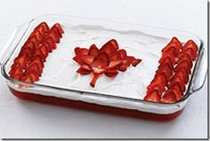 I've made this Canada Day Flag cake for years. The bottom layer is angel food cake, plus low fat cool whip, strawberry jello and strawberries. Canada day food, recipes and ideas Canada Day Party, Canada Day Flag, Happy Canada Day, Canada 150, Cupcakes, Cupcake Cakes, Canada Day Crafts, Strawberry Jello, Strawberry Shortcake