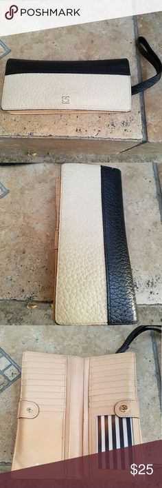 Kate Spade Wallet Two tone Kate Spade Wallet, good condition, discolored in metal logo and logo check pictures Bags