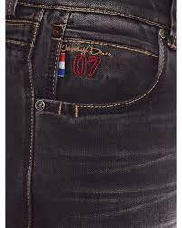 Resultado de imagen para JEANS CANARY LONDON Fashion Pants, Mens Fashion, Types Of Jeans, Denim Branding, Printed Tees, Colored Jeans, Jeans Style, Fashion Details, Blue Denim