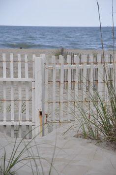 skonahem:  The Beach