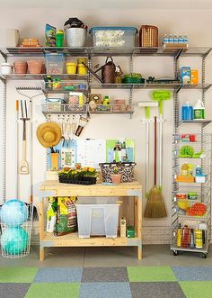 Ensure your garage is clean, tidy and organized by using some of these garage storage ideas! We'll help you easily declutter your garage and find a space for everything. Start by dividing the garage into zones-include a gardening, workshop and kids' zone. Garage Organization Tips, Do It Yourself Organization, Garage Storage, Garden Organization, Garage Shelving, Organizing Ideas, Pool Storage, Utility Shelves, Outdoor Storage