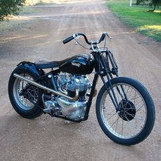 Norton Atlas – Machine Shed Triumph Bobber, Bobber Bikes, Cool Motorcycles, Vintage Motorcycles, Norton Motorcycle, Bobber Motorcycle, Bobber Chopper, Motorcycle Design, Custom Bobber