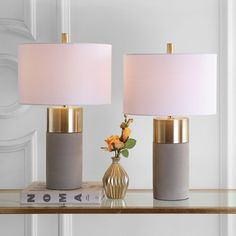 Home Interior Salas .Home Interior Salas Contemporary Style Homes, Contemporary Table Lamps, Gold Bedroom, Bedroom Lamps, Bedroom Inspo, Master Bedroom, Bedroom Decor, Compact Fluorescent Bulbs, Table Lamp Sets