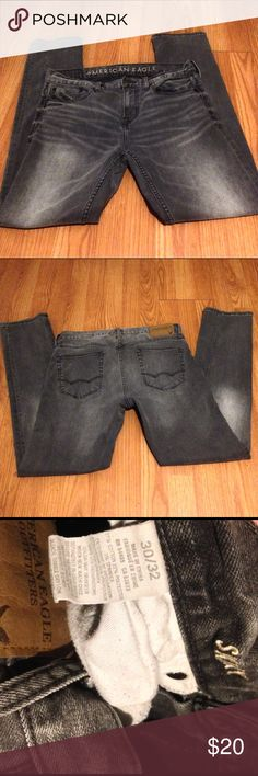 Men's Am. Eagle Jeans 30x32 Black, almost charcoal gray men's jeans from American Eagle Outfitters in excellent condition. Fits skinny/straight through the legs. 30x32. 💰Bundle discount: 2-20% 3-25% 4+-30%. Let me know before purchasing more/ less than 3 items and I will adjust my settings for you. American Eagle Outfitters Jeans