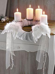 white life ©: Adventskranz - Advent wreath
