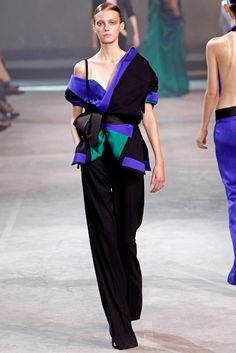 Haider Ackermann - Spring 2011 Ready-to-Wear - Look 26 of 34