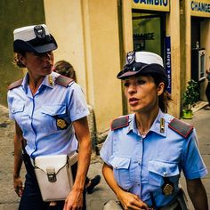 Police fashion #fashion #igers #igersoftheday #igerspoland #igersgood #vsco #vscocam #vscogrid #vscoeurope #vscoitaly #vscophile #vscogood #girls #woman  #police #policia #hipacontest