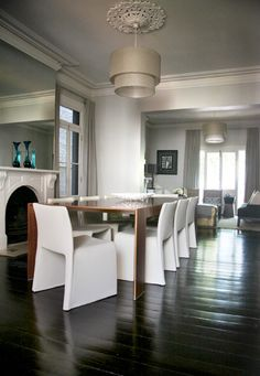 Paddington Terrace - contemporary - dining room - sydney - darren palmer interiors 2 x fireplaces 2 x ceiling roses Leather Chaise Lounge Chair, Chair And Ottoman, Dinning Table, Dining Area, Dining Rooms, Darren Palmer Interiors, Rolling Chair, Island Chairs, Come Dine With Me