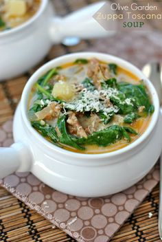 Creamy copycat recipe of Olive Garden's Zuppa Toscana Soup! #copycat
