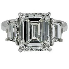 Shop diamond, sapphire and vintage engagement rings and other antique rings from the world's best jewelry dealers. Square Engagement Rings, Engagement Ring Buying Guide, Handmade Engagement Rings, Designer Engagement Rings, Vintage Engagement Rings, Big Jewelry, Jewelry Rings, Best Diamond, Diamond Cuts