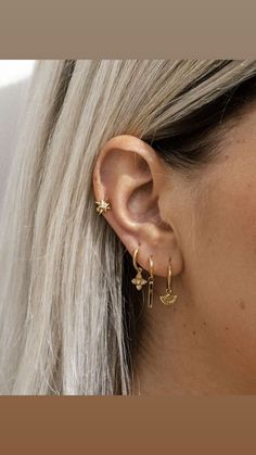 ✰dionne_bassler ✰ – Ohrringe piercing – – Verschiedene Tattoo-Ideen, You can collect images you discovered organize them, add your own ideas to your collections and share with other people. Piercing Face, Cool Ear Piercings, Ear Peircings, Multiple Ear Piercings, Piercing Cartilage, Cartilage Jewelry, Crystal Earrings, Statement Earrings, Simple Earrings