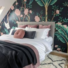 We have bedroom envy! @my.e17.home created this BEAUTIFUL master bedroom using our Dark Chinoiserie mural for their stylish feature wall. The gorgeous inky greys contrasted against the dusty pink flowers and emerald-green palm trees ooze style and charm, making for the perfect romantic bedroom! Take inspiration from this styling and pick out one accent colour from your wallpaper. Incorporate this colour into your cushion and blanket choices to create a cohesive and complementary colour… Master Bedroom, Bedroom Decor, Dark Interiors, Accent Colors, Dusty Pink, Chinoiserie, All Design, Emerald Green, Palm Trees