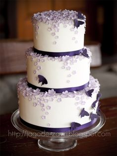 (From previous pinner) better purple butterfly cake. If i thought about this. It would of been my cake Purple Cakes, Purple Wedding Cakes, Fall Wedding Cakes, Elegant Wedding Cakes, Beautiful Wedding Cakes, Wedding Cake Designs, Beautiful Cakes, Amazing Cakes, Autumn Wedding