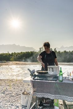 Discover a unique dining experience by the Copper River in Alaska.#farmtotable Outdoor Dinner Parties, Human Connection, Rustic Outdoor, Alaska, Copper, Backyard, River, Explore, Dining