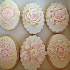 Vintage rose cookies by cookiecouture